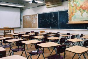 classroom-2093744(1)